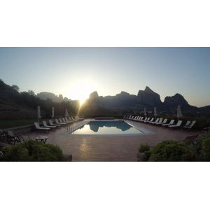 Meteora Hotel Runrise Pool View